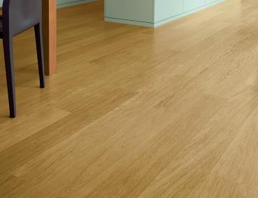 Quick-Step lamināts Eligna Natural varnished oak EL896 32. klase