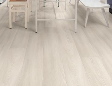 Quick-Step lamināts Signature White premium oak SIG4757 32. klase